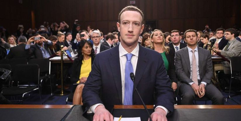 Facebook és a magánélet: működteti vagy tönkreteszi a demokráciát?